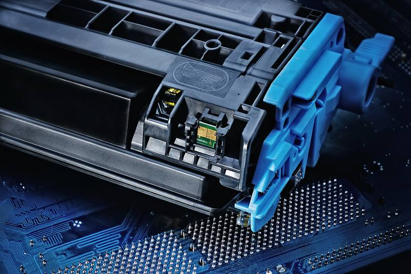 printer-maintenance-closeup-toner